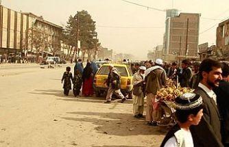 Afganistan parlamentosuna yönelik roketli saldırı
