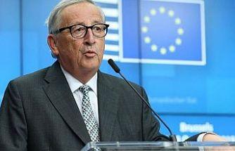Juncker: Brexit zaman ve enerji israfı