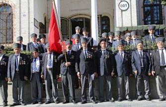 Kıbrıs gazilerinden askere gitmek için girişim