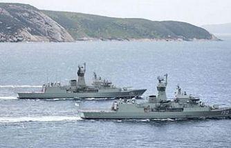 Rus savaş gemileri Limasol Limanına demirledi