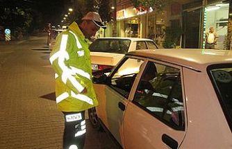 Polis, 153 sürücüye ceza kesti