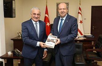 Arabacıoğlu Başbakan'a takdim etti