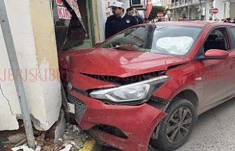 Girne'de korkutan kaza! 1 yaralı
