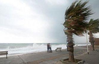 Meteoroloji Dairesi'nden fırtına uyarısı