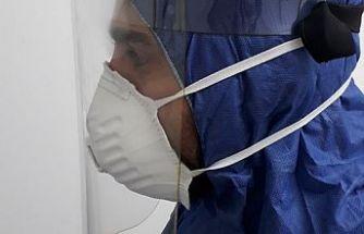 Erhürman: Yerel şeffaf maske üretimi için DAÜ'yü tebrik etti
