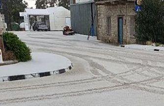 Trodos'a dün akşam kar yağdı
