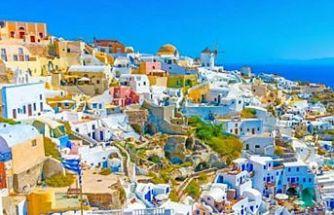 """Yunanistan kapılarını """"Kıbrıslılara"""" açıyor"""