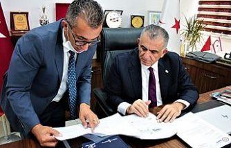 Çavuşoğlu, Alsancak Mare Monte Lıons Kulübü heyetini kabul etti