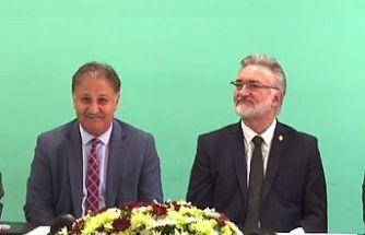 Vakıflar İdaresi arazisine yapılacak yeni hastane için imzalar atıldı
