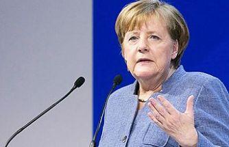 Merkel: Önlem alınmazsa yeni yılda Fransa'daki vaka sayısına ulaşırız
