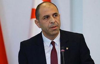 Özersay: Doğu Akdeniz'de büyük güçler etrafımızda cirit atıyor