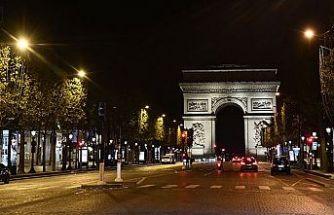 Fransa genelinde Kovid-19 nedeniyle sokağa çıkma kısıtlaması uygulanacak