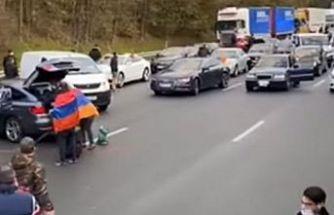 Fransa'da Ermeni protestocular Türklere saldırdı