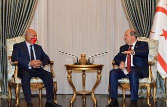 Cumhurbaşkanı Ersin Tatar, Gönyeli Belediye Başkanı Benli'yi kabul etti