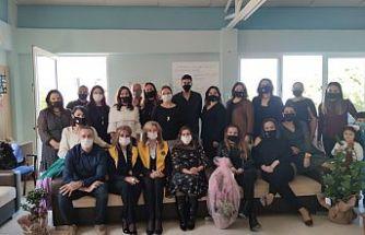 Lefkoşa Merkez LİONS Kulübü'nden Karşıyaka İlkokulu'na ziyaret