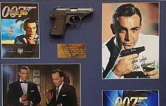 """Connery'nin """"Dr. No""""da kullandığı tabanca 256 bin dolar'a satıldı"""