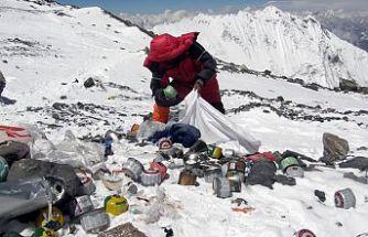 Everest, sanatla temizlenecek