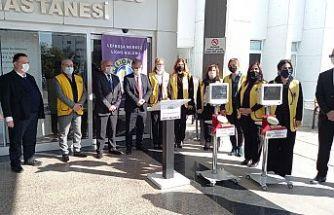 Lefkoşa Merkez Lions Kulübü'nden Onkoloji Servisi'ne tıbbi cihaz bağışı