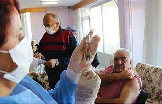 Türkiye'de aşılanan insan sayısı 1,5 milyonu geçti