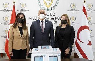 Kuzey Kıbrıs Turkcell çalışanlarından eğitime destek