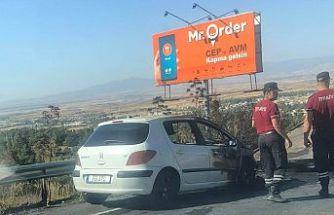 Girne Lefkoşa ana yolunda bir araç alev aldı