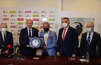 Cumhurbaşkanı Ersin Tatar, Antalya Gazeteciler Cemiyetini ziyaret etti