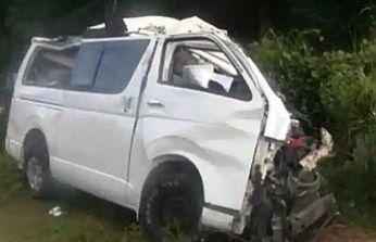 ABD'nin Teksas eyaletinde göçmenleri taşıyan minibüs kaza yaptı: 10 ölü