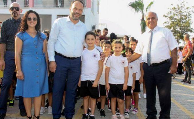 İskele Belediyesi'nin okullara desteği sürüyor