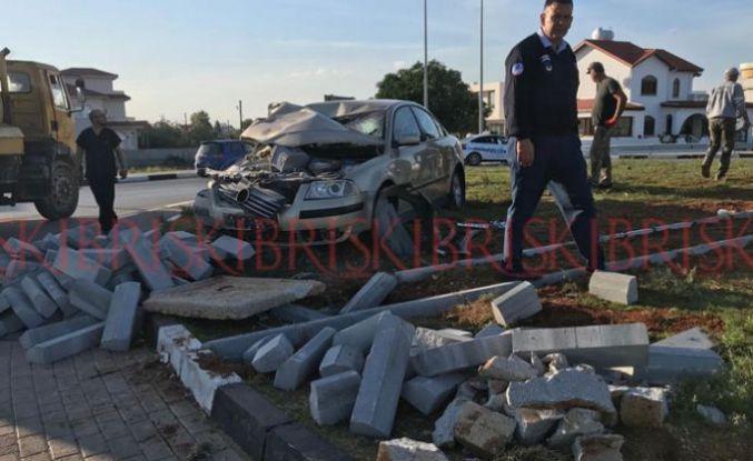 2 araç çarpıştı, sürücülerden biri 139 promil alkollü çıktı: 3 yaralı