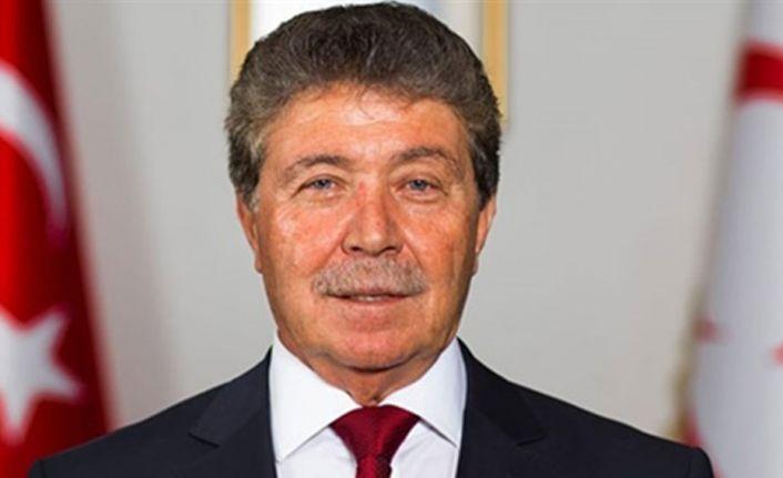 """Sağlık Bakanı Üstel halka çağrıda bulundu: """"aşı programımızı tamamlayalım """""""